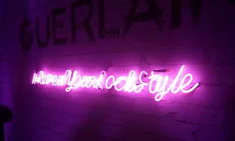 "Розовый неон ""#RevealYourRockStyle"" (миниатюра))"