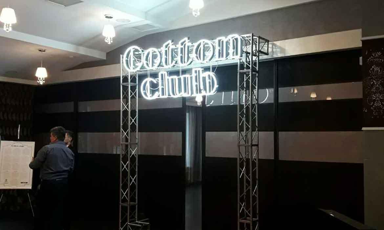 """Неон, буквы из композита на металлоконструкции """"Cotton Club"""""""