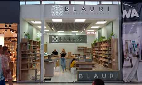 """Объемные буквы контражур для магазина косметики """"Blauri"""" в в Lavina Mall (миниатюра)"""