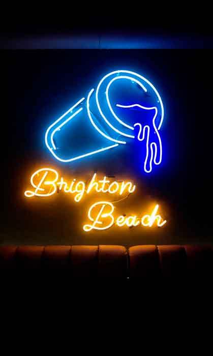 """Неоновая вывеска """"Brighton Beach"""""""