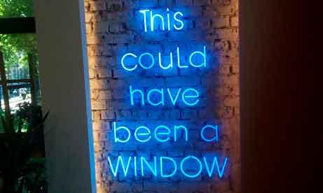 "Неоновая стена ""This could have been a WINDOW"" для ресторана ""Bunny Bagel"" (миниатюра)"