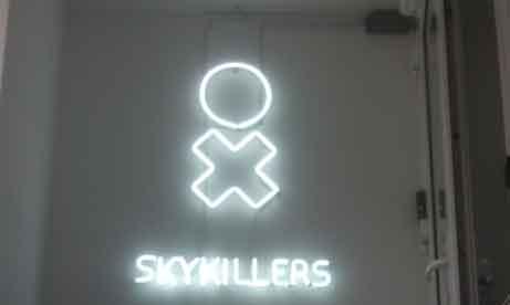 """Неоновая вывеска для офиса агентства """"Skykillers"""" (миниатюра)"""