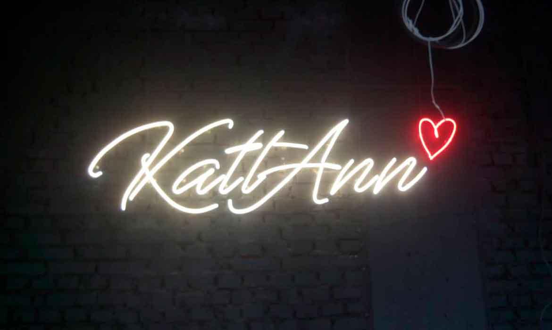 "Неоновые надписи для салона красоты ""KattAnn Beauty Space"""